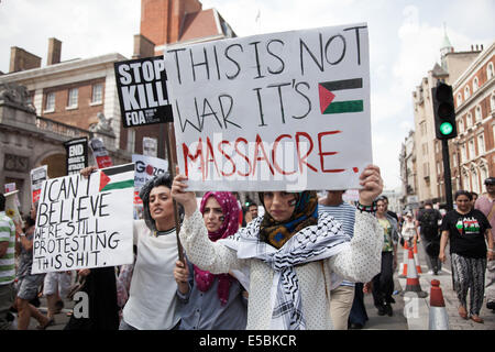 London, UK. 26th July, 2014. Tens of thousands of protesters marched in Central London to show their outrage against - Stock Photo