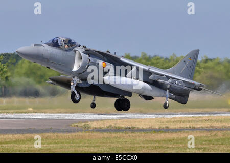 McDonnell-Douglas AV-8B Harrier II jump jet operated by the Spanish Navy landing after displaying at Farnborough - Stock Photo