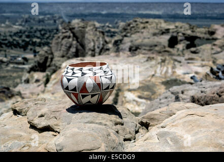 The Southwest is background for prized pottery made by Native Americans in Acoma Pueblo, an Indian community in - Stock Photo