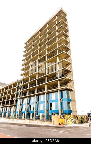 Multi-storey office block being constructed - Stock Photo