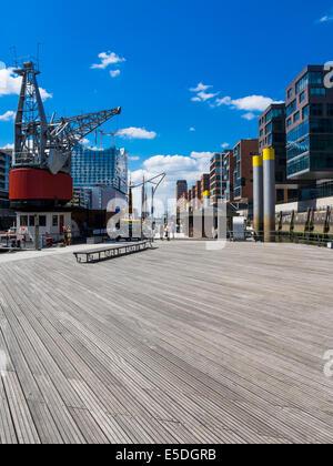 Germany, Hamburg, HafenCity, Magellan-Terrassen, Modern residential and office buildings, Elbe Philharmonic Hall - Stock Photo