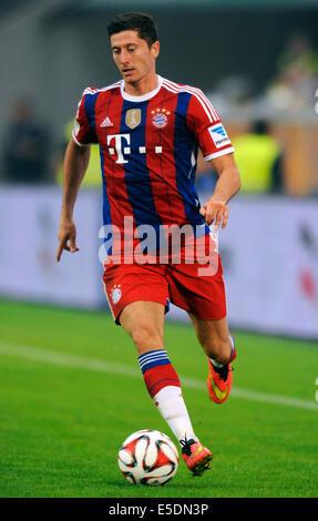 Friendly match, German Bundesliga, MSV Duisburg vs FC Bayern München, Muenchen, new FCB forward Robert Lewandoswki from Poland.