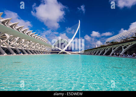 Science Museum and Puente de l'Assut de l'Or bridge, City of Arts and Sciences, Valencia, Comunidad Valenciana, - Stock Photo