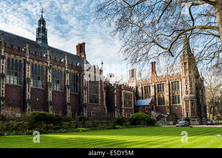 The Great Hall and the Library at Lincoln's Inn. The Honourable Society of Lincoln's Inn is one of four Inns of - Stock Photo
