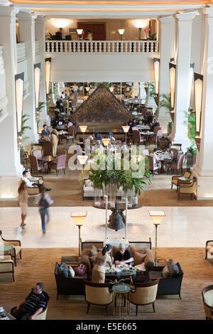 Four Seasons hotel lobby, Bangkok, Thailand - Stock Photo