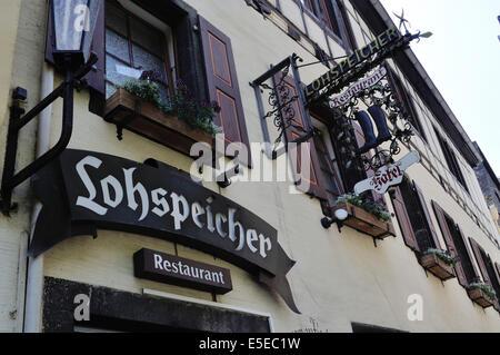 Hotel Lohspeicher and Restaurant L'Auberge du Vin in Cochem, Germany. - Stock Photo