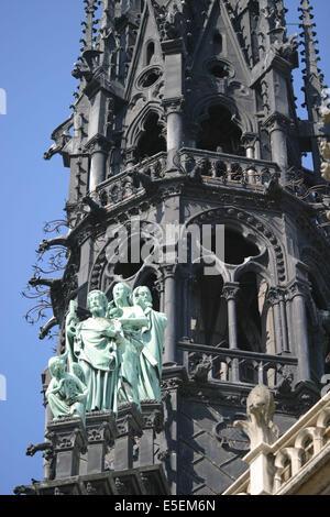 France, paris 4e, ile de la cite, cathedrale notre dame de paris, art gothique et neo gothique, detail de la fleche, - Stock Photo