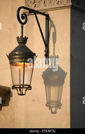 France, paris 4e, ile de la cite, detail lampadaire, - Stock Photo