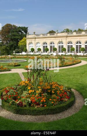 France, paris 16e, bois de boulogne, parc de bagatelle, pavillon, orangerie, jardin, - Stock Photo