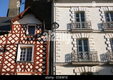 Place sainte anne rennes brittany france stock photo for Constructeur de maison en bois ille et vilaine