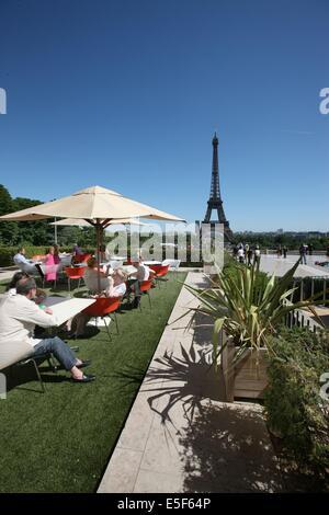 France, ile de france, paris, 16e arrondissement, 1 place du trocadero, parvis des droits de l'homme, palais de - Stock Photo