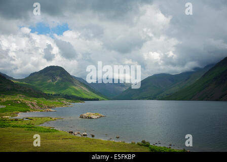 wastwater wast water wasdale lake district cumbria - Stock Photo