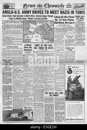 1942 News Chronicle front page reporting British 8th Army and U.S. Army advancing in Algeria and Tunisia - Stock Photo