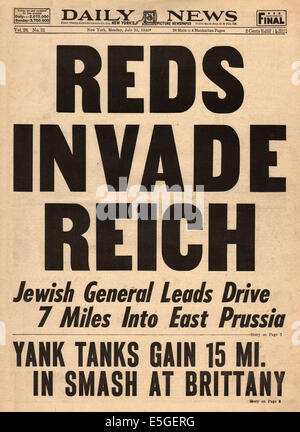 1944 Daily News (New York) front page reporting Red Army invade German province of East Prussia - Stock Photo