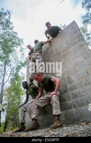 U.S. Marines with Charlie Company, 1st Battalion, 5th Marine Regiment, assigned to Marine Rotational Force-Darwin, - Stock Photo