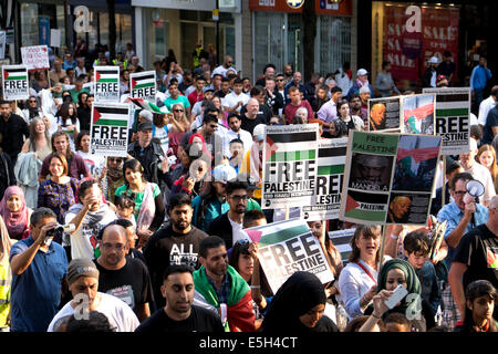 Nottingham, UK. 31st July, 2014. Palestine solidarity campaign march from the BBC media center on London road to - Stock Photo