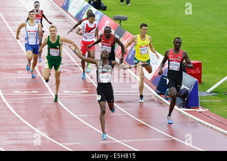 Hampden Park, Glasgow, Scotland, UK, Thursday, 31st July, 2014. Nijel Amos of Botswana wins Gold, David Rudisha - Stock Photo