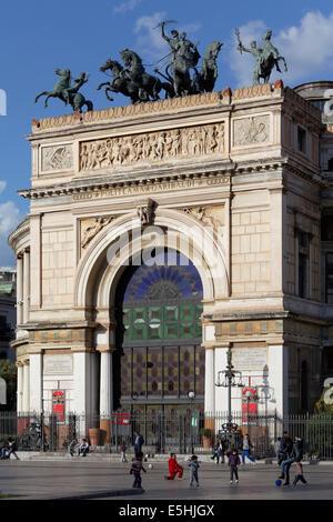 Teatro Politeama Garibaldi, theatre, Piazza Ruggero Settimo, Palermo, Sicily, Italy - Stock Photo