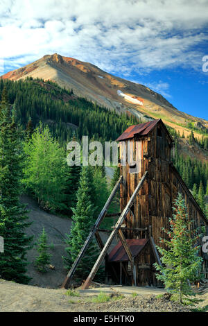 Shaft house and Red Mountain No. 3, Yankee Girl Mine, near Ouray, Colorado USA - Stock Photo