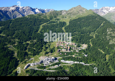 SKI RESORT OF PUY-SAINT-VINCENT IN THE SUMMER (aerial view). Les Ecrins Massif, Hautes-Alpes, France. - Stock Photo