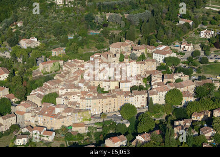 PERCHED MEDIEVAL VILLAGE (aerial view). Seillans, Var, French Riviera, France. - Stock Photo