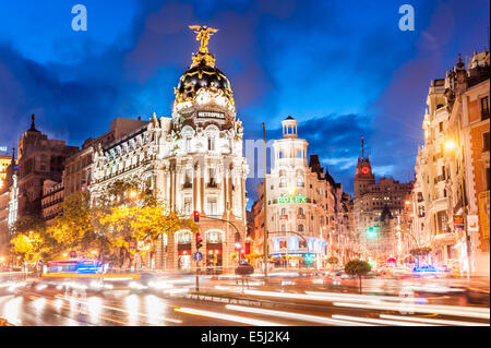 The Metropolis Building on the corner of Calle de Alcala and Gran Via, Madrid, Spain - Stock Photo