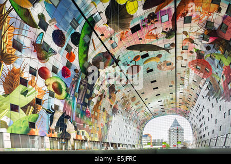 Netherlands, Rotterdam, Indoor or covered food market called Markthal. The impressive artwork, 11,000 m2, by Arno - Stock Photo