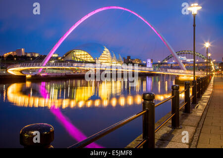 The Gateshead Millenium Bridge and the Sage reflected in River Tyne, Newcastle-Upon-Tyne, Tyne and Wear, England - Stock Photo