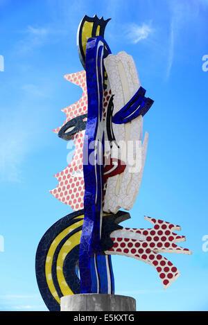 Pop Art sculpture 'El Cap de Barcelona' by artist Roy Lichtenstein, Barcelona, Catalonia, Spain - Stock Photo