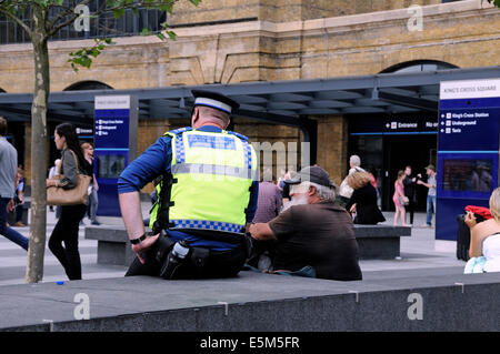 British Transport Police - Police Community Support Officer, Kings Cross Station Square, London England Britain - Stock Photo