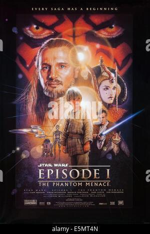 STAR WARS: EPISODE I - THE PHANTOM MENACE, US poster art, back from left: Liam Neeson, Natalie Portman; center: - Stock Photo