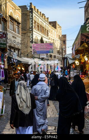 Shopping alley in the Old Town, UNESCO World Heritage Site, Sanaa, Yemen, Middle East - Stock Photo