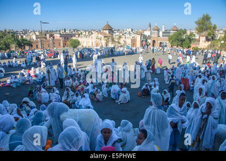 Orthodox women praying at the Easter ceremony, Coptic Cathedral of t. Mariam, Asmara, capital of Eritrea, Africa - Stock Photo
