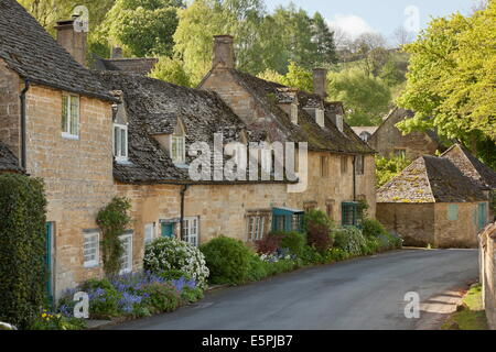 Cotswold stone cottages, Snowshill, Cotswolds, Gloucestershire, England, United Kingdom, Europe - Stock Photo