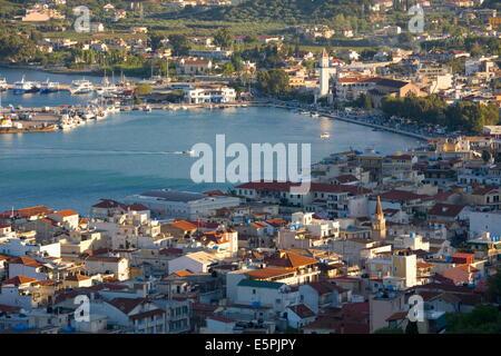 View over rooftops to the harbour, Zakynthos Town, Zakynthos (Zante) (Zakinthos), Ionian Islands, Greek Islands, - Stock Photo