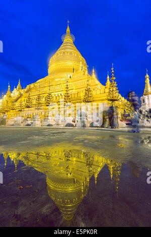 Shwezigon Paya, Bagan (Pagan), Myanmar (Burma), Asia - Stock Photo