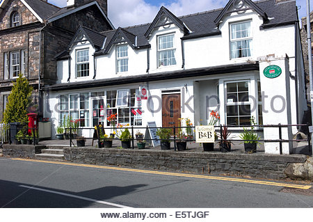 Post office, village shop and B&B, Trefriw, Conwy, North Wales, UK - Stock Photo