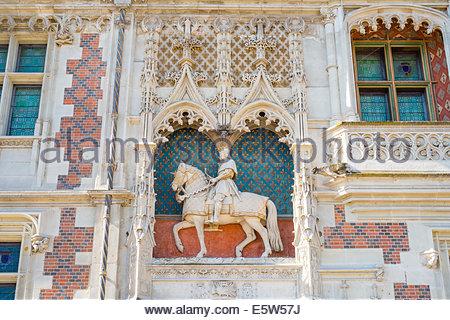 Statue of Louis XII on the front facade of Château Royal de Blois castle, Blois, Loire-et-Cher, Centre, France - Stock Photo