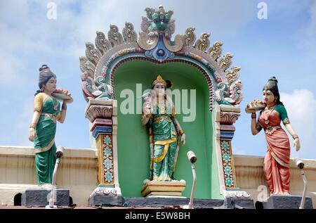 SINGAPORE: Colourful deities adorn the outstanding Sri Mariamman Hindu Temple in Chinatown * - Stock Photo