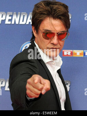 Cologne, Germany. 06th Aug, 2014. Matze Knoop arrives for the premiere of the movie 'The Expendables 3' in Cologne, - Stock Photo