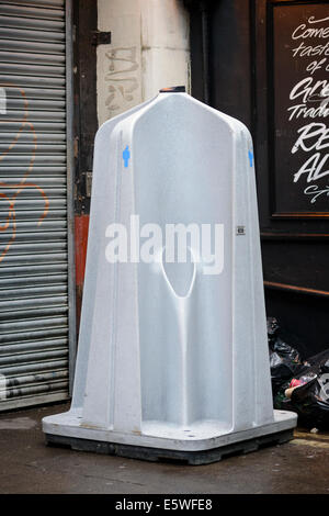 Portable outdoor urinal, to provide convenience and reduce unsanitary behaviour, especially on weekend evenings. - Stock Photo