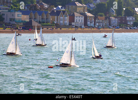 Isle of Wight, UK. 6th Aug, 2014. Aberdeen Asset Management Cowes Week, One Hour Victory' race off the Green, up - Stock Photo