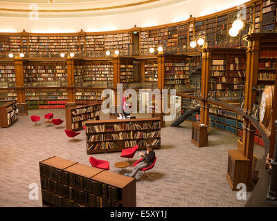 Liverpool Central Library. Picton Reading Room, Traditional interior of reference library - Stock Photo