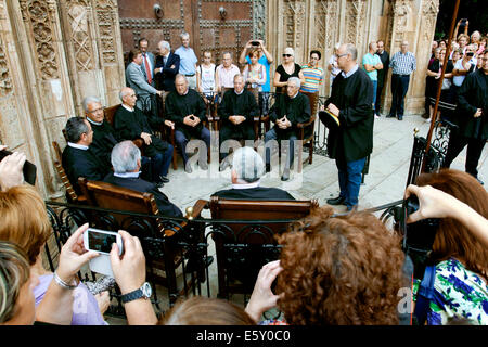 El Tribunal de las Aguas / The Water Court, Puerta de los Apóstoles, Catedral de Valencia, Plaza de la Virgen, Valencia, - Stock Photo