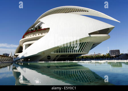 El Palau de les Arts Reina Sofía, Ciudad de las Artes y las Ciencias / City of Arts and Sciences, Valencia, Spain - Stock Photo