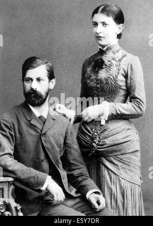 SIGMUND FREUD (1856-1939) Austrian neurologist with his fiancee Martha Bernays shortly before their marriage in - Stock Photo