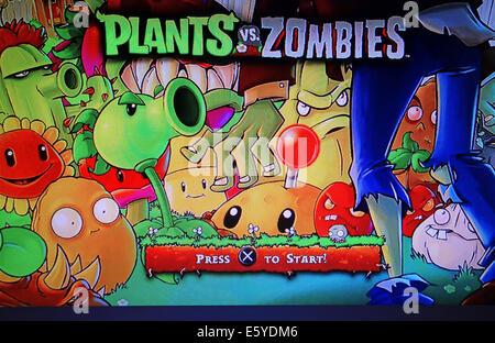 screenshot of Plants vs Zombies computer game - Stock Photo