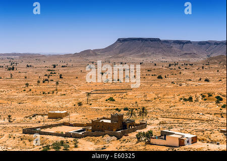 Africa, North Africa, Maghreb, South Tunisia, Chenini. Governorat of Tataouine. A house new village of Chenini. - Stock Photo