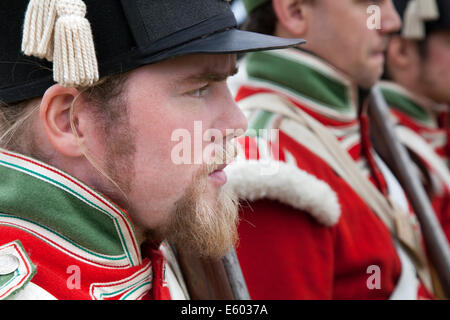 Scottish reenactor Fort George, Ardesier, Invernesshire, UK 9th Aug, 2014. Parade of re-enactors at the Scottish - Stock Photo