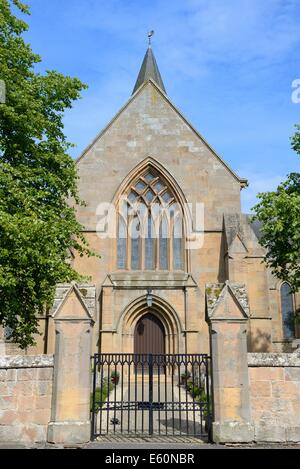 Main gateway entrance for Dornoch Cathedral - Stock Photo